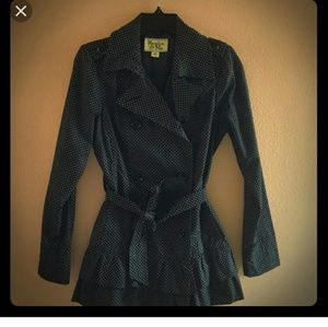 Polka dot trench coat size xs